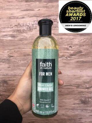 Faith in Nature Kék Cédrus Tusfürdő Férfiaknak (400ml)